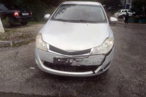 В Жигулевске 14-летняя девочка села за руль маминой машины иустроила аварию