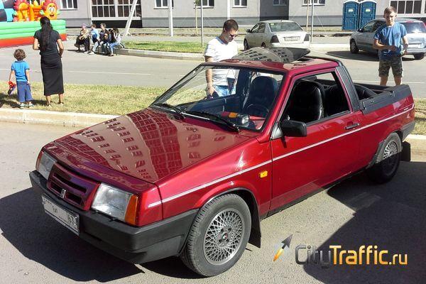 Ретро-автомобили Самарской области впечатлили жителей Чувашии | CityTraffic