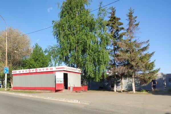 В Тольятти прокуроры добились сноса незаконной шиномонтажки