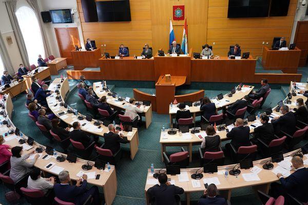 Дмитрий Азаров отметил большой потенциал нового созыва Самарской губернской думы   CityTraffic