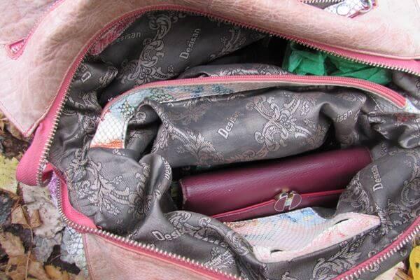 Грабитель из Сызрани отобрал у пенсионерки из Жигулевска сумку и поехал домой на автоусе | CityTraffic