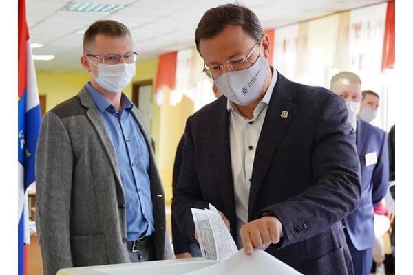 Губернатор Самарской области поблагодарил всех, кто пришел на избирательные участки   CityTraffic