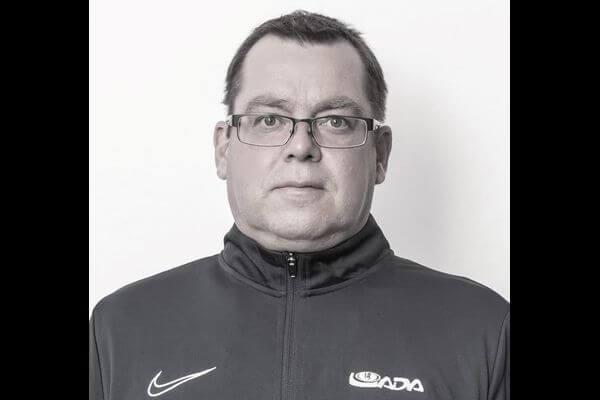 В Екатеринбурге устанавливают причины смерти сотрудника хоккейной команды из Тольятти | CityTraffic