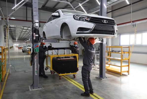 В Узбекистане начали собирать автомобили LADA