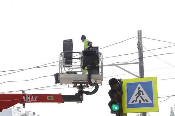 В Самаре на 32 перекрестках и рядом с двумя школами появились новые светофоры | CityTraffic
