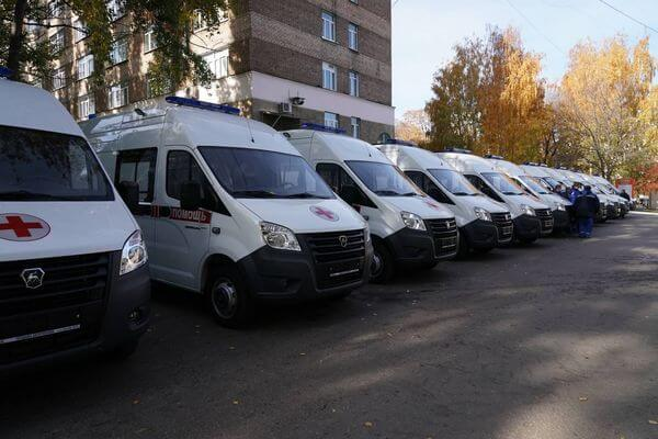 Автопарк Скорых Самарского региона пополнился 20 новыми автомобилями | CityTraffic