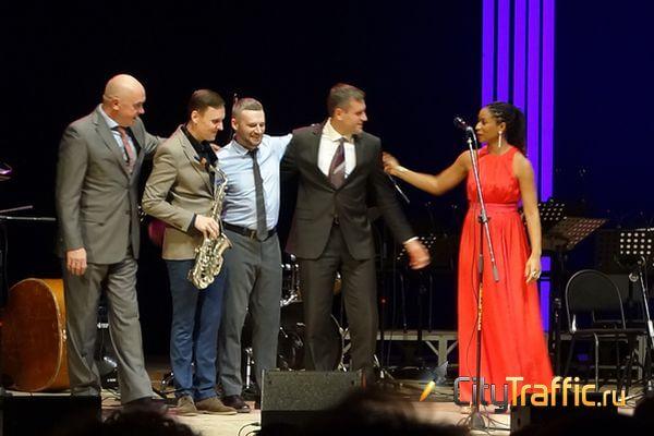 Звезда карибского джаза Фаби Медина выступила в Самарской области | CityTraffic