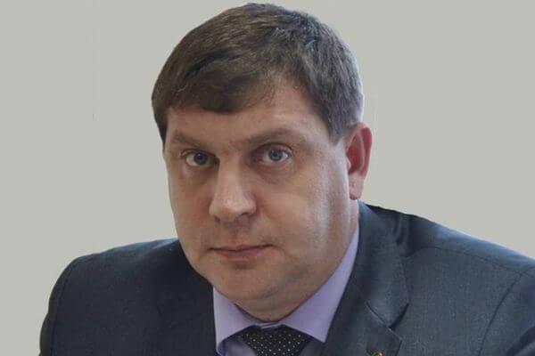 Глава Жигулевска лишился поста из-за срыва сроков начала отопительного сезона | CityTraffic