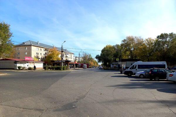 В Тольятти маршрутка сбила пенсионерку, которая переходила дорогу не втом месте