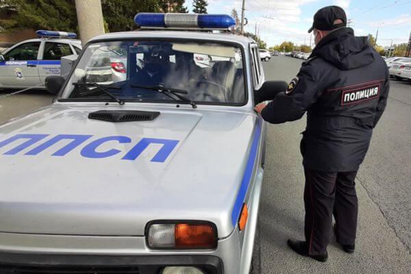 Грабитель отобрал системный блок у покупателя, выходившего из магазина в Тольятти | CityTraffic