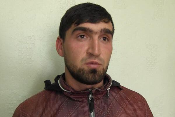 Мигранта, который швырнул виноградом вглаз старику вСамаре, выдворили за пределы РФ