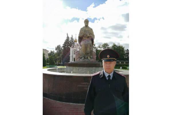 В Тольятти народный участковый нашел вора, укравшего деньги у соседки-пенсионерки   CityTraffic